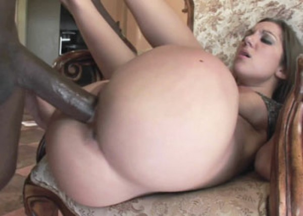 Raunchy Kiera takes the cum in her mouth