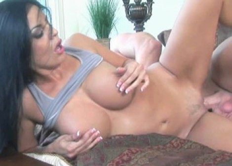 Mexican MILF Mikayla getting fucked